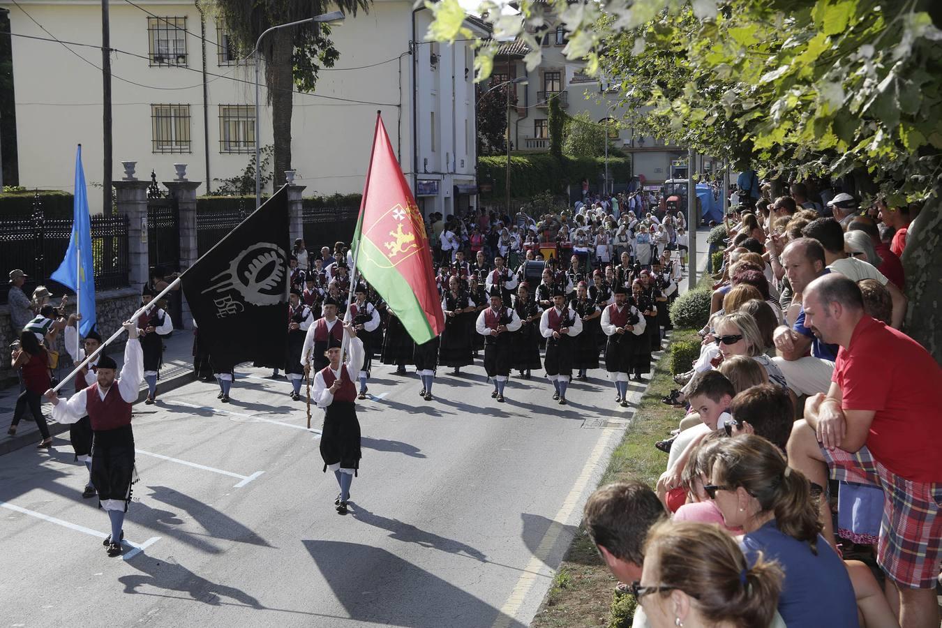 Llanes celebra el Día del Bollu