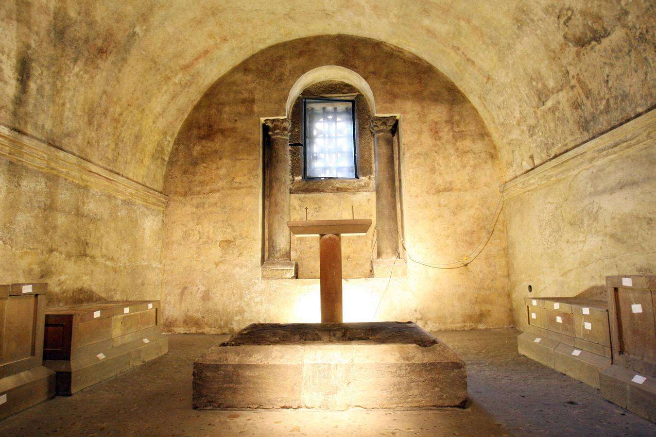La Cámara Santa de Oviedo, cerrada por primera vez en setenta años