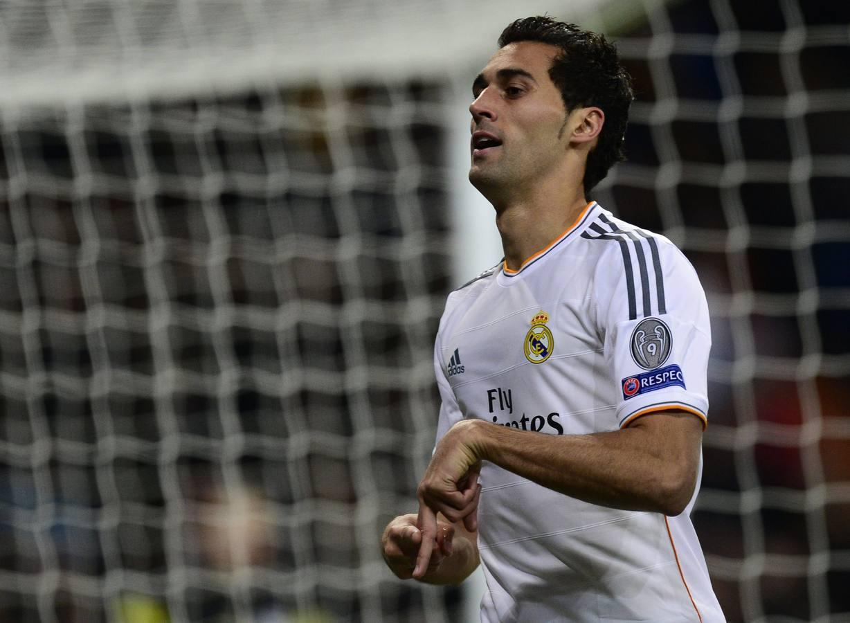 El Real Madrid sentencia el liderato en inferioridad numérica
