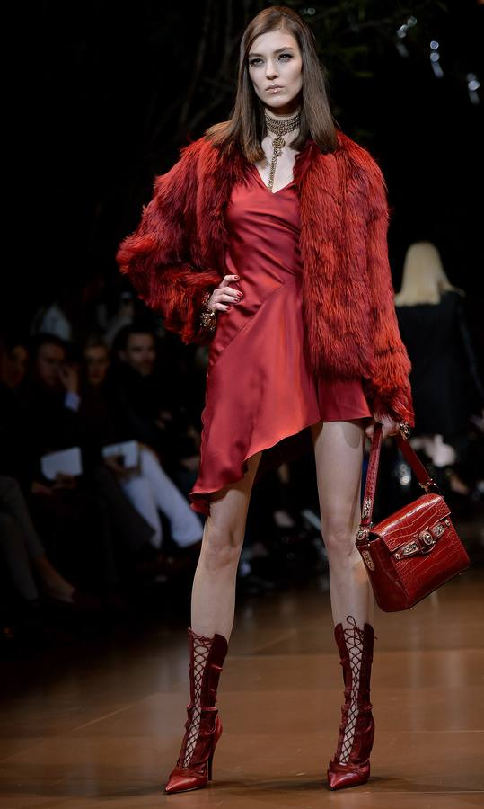 Versace en la pasarela de Milán - otoño/invierno 2014/15