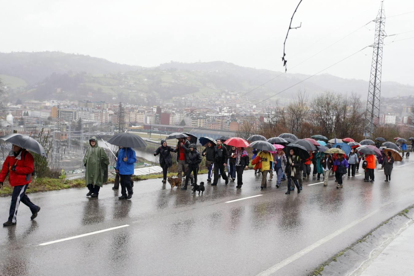 Un millar de personas apoya en Langreo la Marcha de la Dignidad