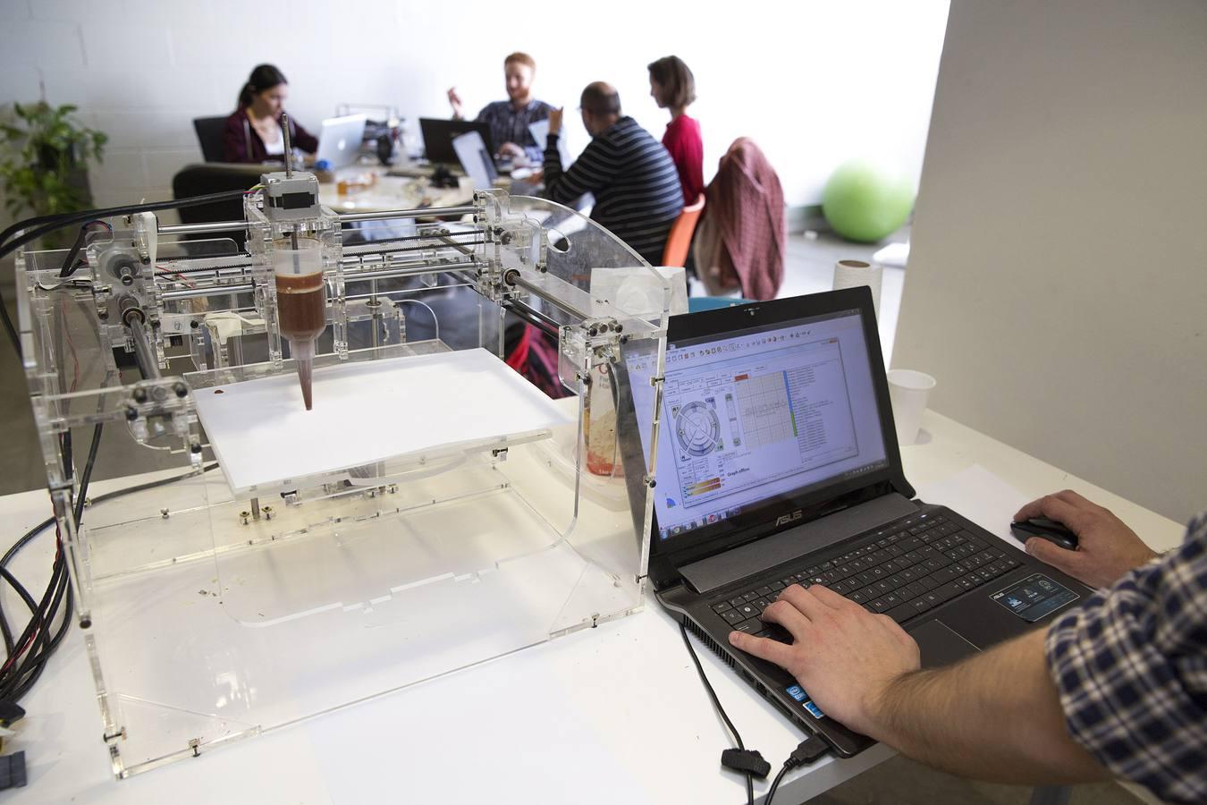 Así funciona Foodini, la primera impresora de comida española